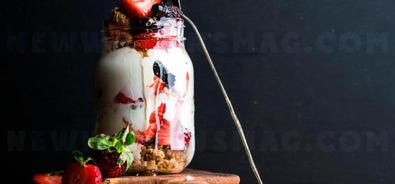Slimming with yogurt and granola